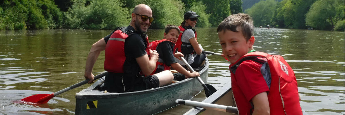 Family canoeing trips Wye Valley